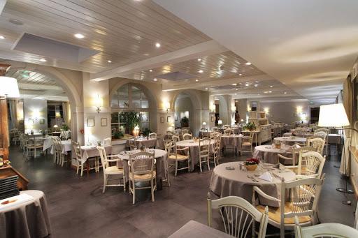 Décoration De Salle Du Restaurant De La Jamagne   Linvosges Hôtellerie