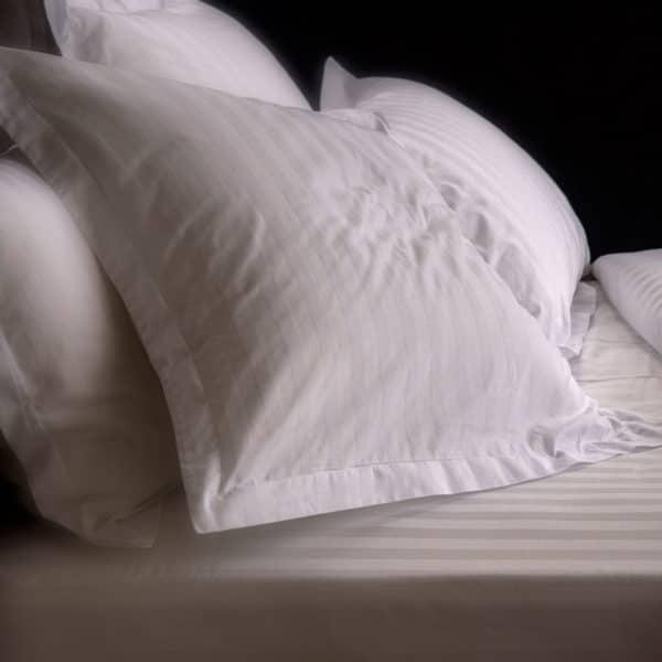 Linge De Lit Bandes Satin Prelude 110 Grs M2 Hotel Professionnel Linvosges Hotellerie 3