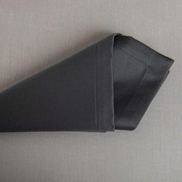 Linge De Table Monza Plomb 50 Pour Cent Polyester 50 Pour Cent Coton 233 Grs M2 Professionnel Restaurant Linvosges Hotellerie