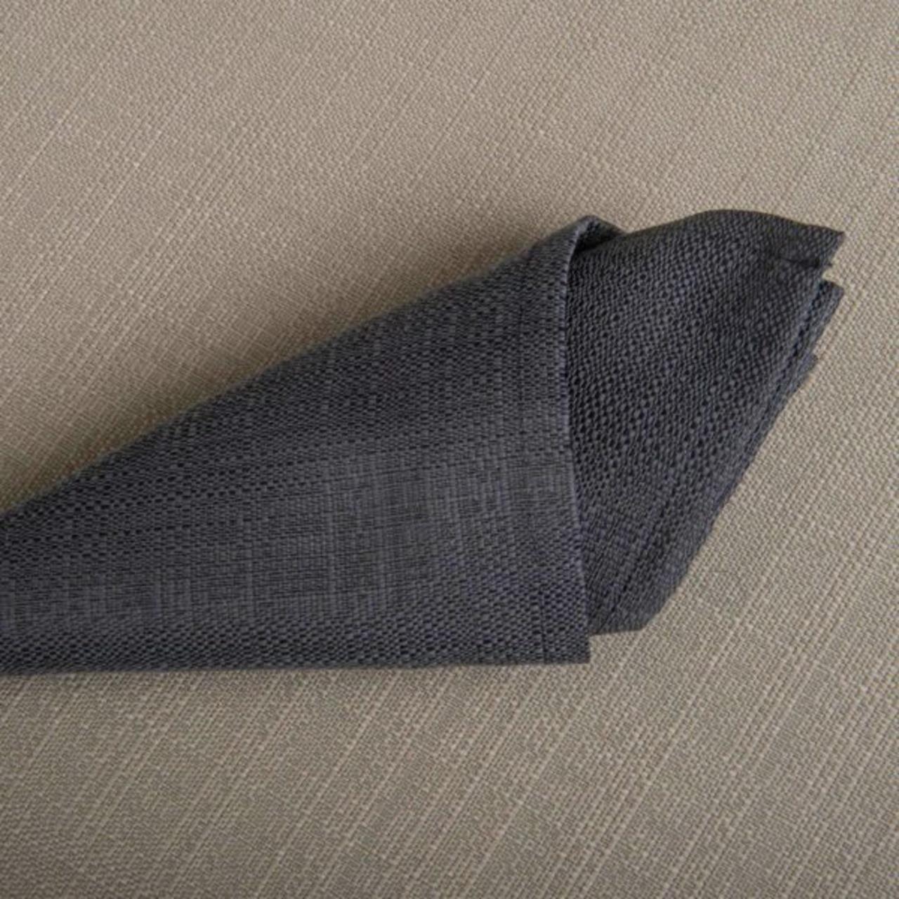Linge De Table Yucca Anthracite 52 Pour Cent Polyester 48 Pour Cent Coton 245 Grs M2 Professionnel Restaurant Linvosges Hotellerie